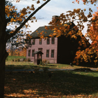 Connecticut: Historic Saltbox House